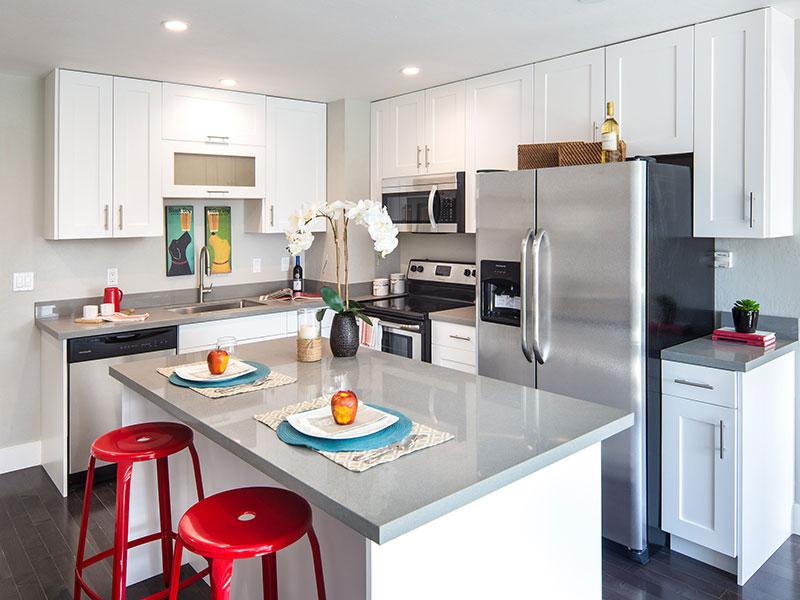 462 22nd Avenue Kitchen | Valiance Capital
