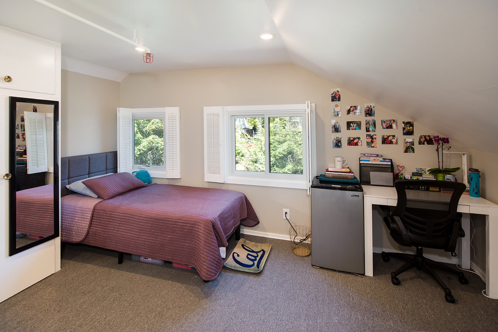 2335 Warring | Bedroom
